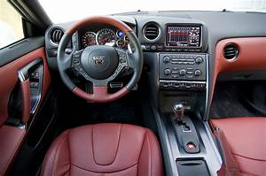 Nissan Gtr Interieur : 2014 nissan gt r review photos autoblog ~ Medecine-chirurgie-esthetiques.com Avis de Voitures
