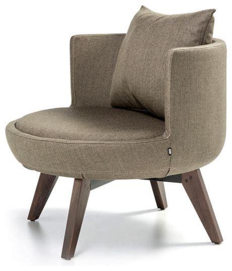 bt design  lounge chair  wood base view