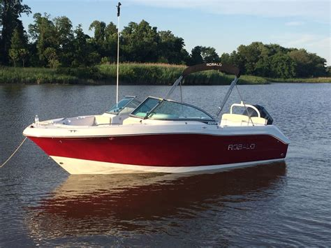 Robalo Boats R207 by Robalo R207 Boat For Sale From Usa