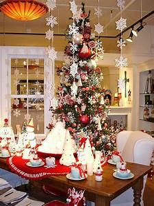modern house: Christmas Home Decor And Christmas Tree