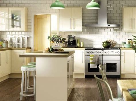 galley kitchen images kitchen compare helps you to get the best deal for your 1159