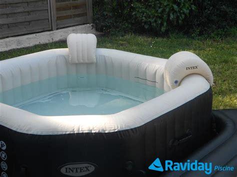 piscine avec siege présentation des accessoires pour spa gonflable intex