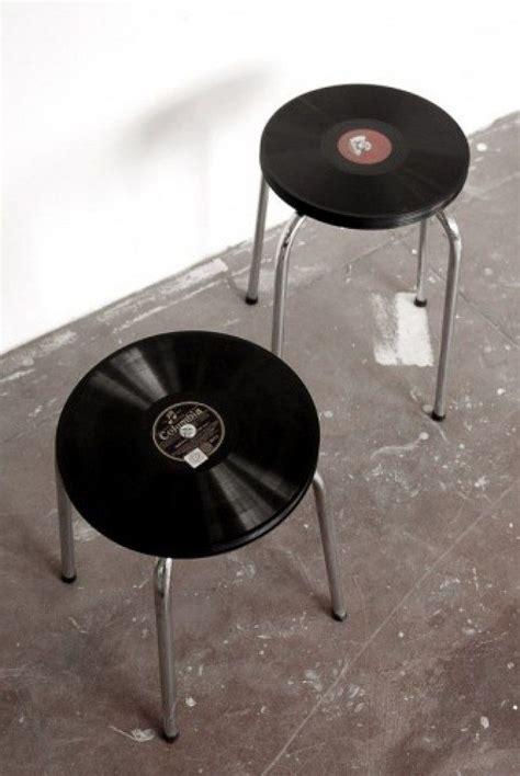 tisch staubsauger roboter upcycling hocker mit einer sitzfl 228 che aus vinyl