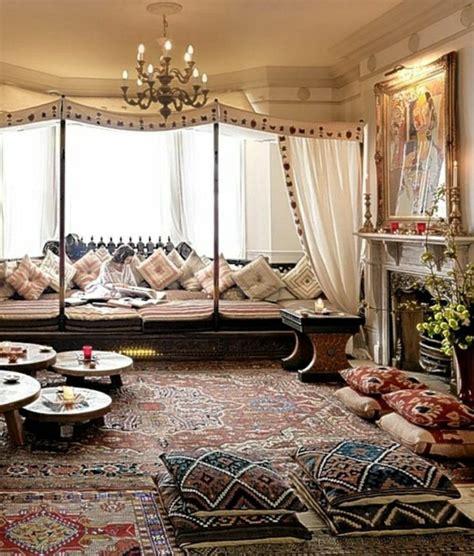 canapé arabe le canapé marocain qui va bien avec votre salon archzine fr