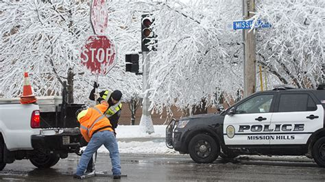 Winter storm dumps more than 7 inches of snow on Kansas