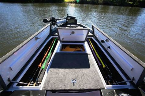 Phoenix Bass Boat Trailer For Sale by Phoenix 721 Proxp Bass Boat Review Trade Boats Australia