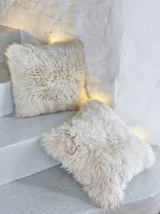 Luxurious Linen Sheepskin Cushion