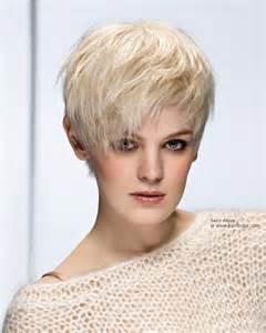 coupe de cheveux court femme 50 ans modeles coupes courtes femmes 50 ans huile de monoi cheveux bienfaits à bordeaux