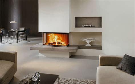 [33] Kamin Mit Feuertisch Aus Keramik Und Keramischen