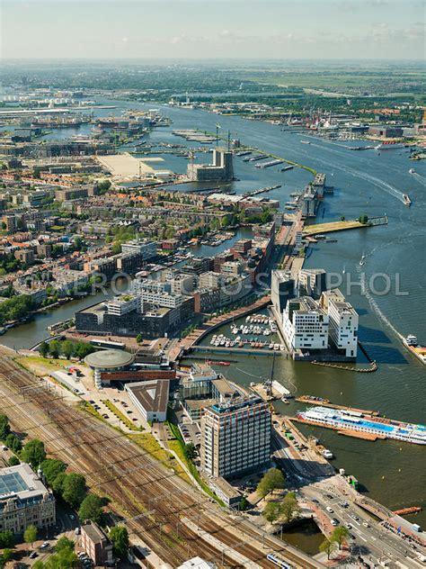luchtfoto kamer van koophandel havengebouw ijdock en