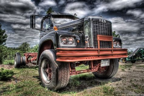 Vintage Truck Wallpaper by Vintage Truck Hd Wallpapers Desktop Background