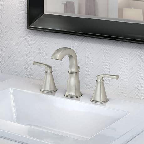 moen hensley   widespread  handle bathroom faucet