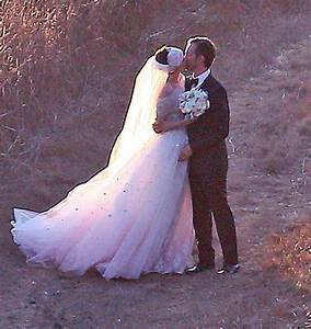 Anne Hathaway Married Adam Shulman Actress Tie The Knot