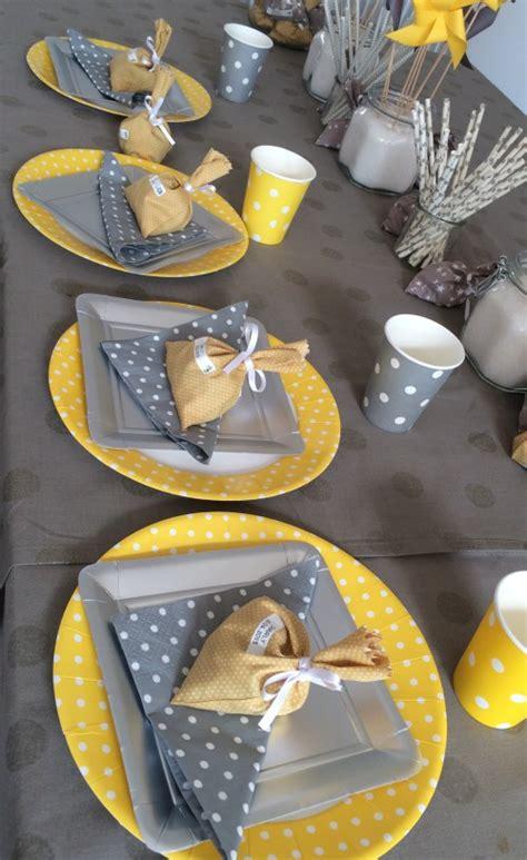 le joli bapt 234 me de charly jaune et gris mesa