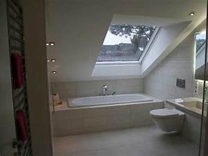 Badewanne Unter Dachschräge : modernes bad mit dachschr ge ~ Lizthompson.info Haus und Dekorationen