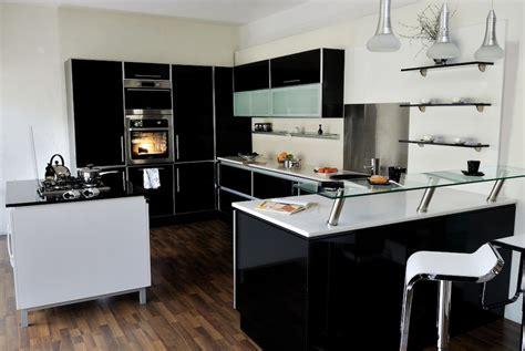 plan cuisine ouverte salle manger cuisine avec ilot central pour manger 102 id es de lot