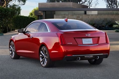 2015 cadillac ats coupe debuts at 2014 detroit auto show