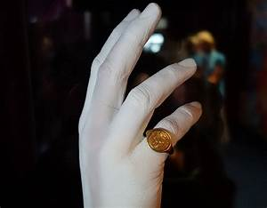 Could This Be William Shakespeare U2019s Own Signet Ring