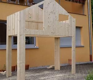 Hochbett Mit Dach : diy ein haus hochbett bauen f rs kinderzimmer schwesternliebe wir ~ Markanthonyermac.com Haus und Dekorationen