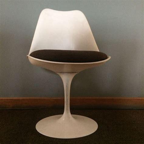 chaise tulip vintage design eero saarinen pour knoll internanial