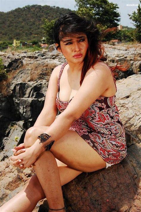 Kiran Rathod Hot Photos Actress Hot Sexy Cleavage Navel Thigh Bikini Photos Pictures Pics