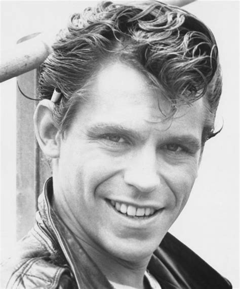 50s Hairstyles Grease by Get 1950 S Mens Ducktail Hairstyle For Charming Look