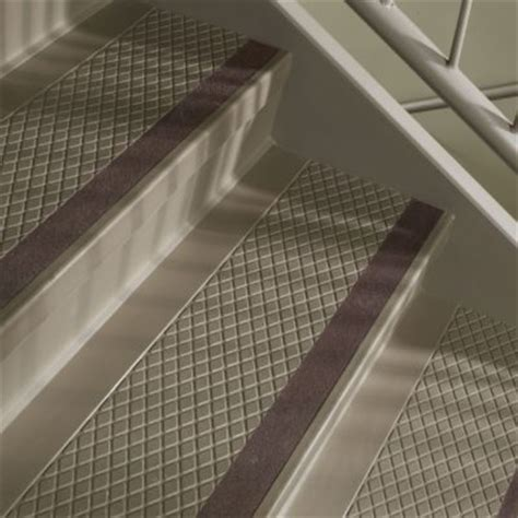 flexco repel rubber flooring flexco rubber flooring vinyl flooring 187 abrasive grit strips