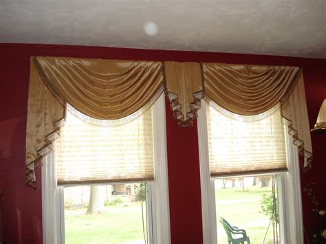 swags and jabots drapes by
