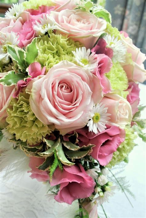 pink  green wedding flowers shrigley hall cheshire