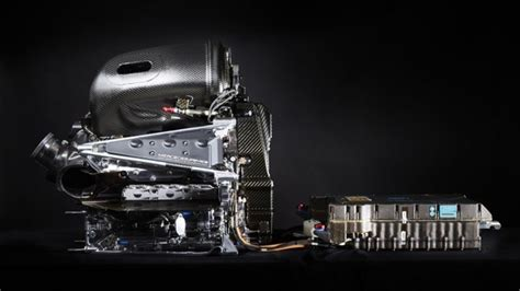 How much horsepower does a passenger train have? How much BHP horsepower does a Mercedes F1 hybrid engine have? - Quora