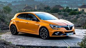 Megane Iv Rs : renault megane r s 2018 review sport cup and trophy tested car magazine ~ Medecine-chirurgie-esthetiques.com Avis de Voitures