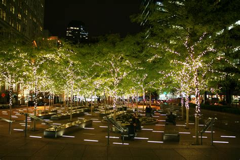 zuccotti park holiday lighting things to do in lower