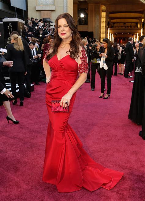 Marcia Gay Harden's body-con gown featured embellished ...