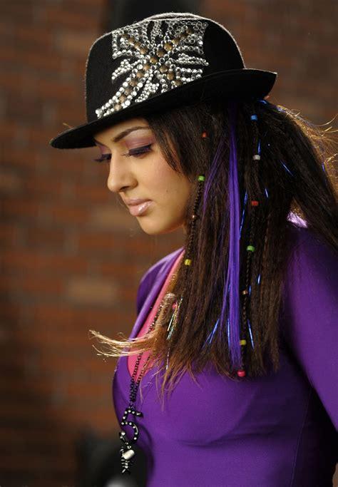 queen  celebrity cutte hansika motwani pics