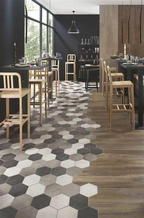 carrelage cuisine restaurant les 25 meilleures idées concernant carrelage hexagonal sur