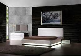 Platform Bed Decoration Contemporary Bedroom Lorezo Contemporary Platform Bed With Lights