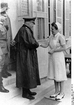 Boklansering: Himmlers valkyrjer. Frontsøstrene på ...