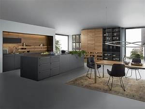 Küche Auf Vinylboden Stellen : k che aus massivem holz mit k cheninsel k che pinterest moderne k che k chen design und ~ Markanthonyermac.com Haus und Dekorationen