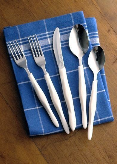 Cutco Flatware comes in the classic, pearl, or stainless