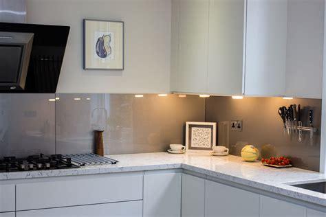 Glass Splashbacks For Your Kitchen  Simple Benchtops. Kitchen Layout Stove Next To Refrigerator. Qiumetic Kitchen Set. Kitchen Great Room Combinations. Kitchen Hardware Vintage