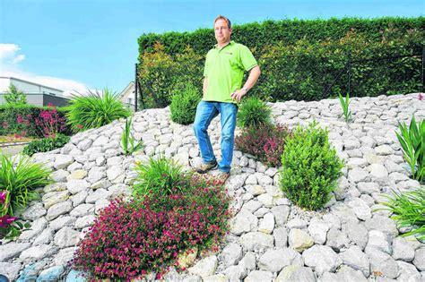 Mit Steinen by Steine Und Pflanzen Geschickt Kombiniert Freiburger