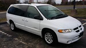 1999 Dodge Grand Caravan - Pictures