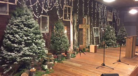 christmas store front church stage design ideas