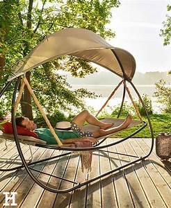 mit schwung durch den sommertag garten liege sonnen With französischer balkon mit sonnen regenschirm für garten