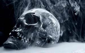 Scary Skull Wallpaper - WallpaperSafari