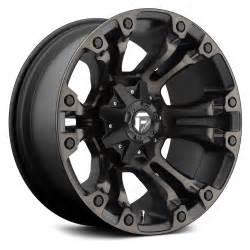 "Fuel Vapor D569 Wheel | Black Machined | 17"" x 9"" | 5.0"" Backspacing |  1 Offset"