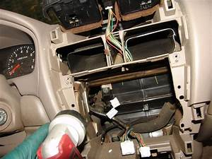 Service Manual  Manually Open Blend Door On A 2006 Nissan