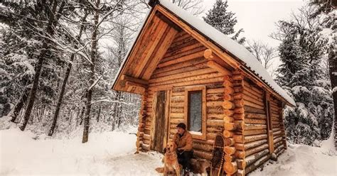 How To Build A Log Cabin Timelapse Of A Dude Building A Log Cabin By Is Oddly
