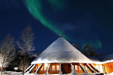 northern lights igloo the world s top hotels for viewing northern lights