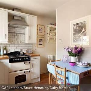 Küche Vintage Style : klapptisch im vintage look kleiner k chentisch viktorianische k che und k chentisch mit bank ~ A.2002-acura-tl-radio.info Haus und Dekorationen